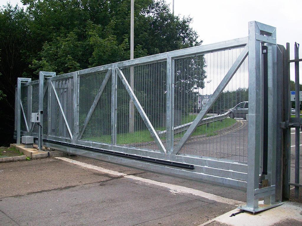 Industrial Slide Gate : Industrial sliding gates